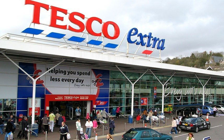 entry strategy of tesco in usa 94% (germany), costco 91% (us), kroger 71% and tesco 67% (uk) and the work is concluded with the last aspect which addressed areas such as: reasons for tesco expansion abroad, entry strategies to international.